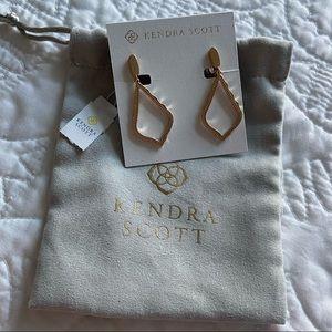 Brand new gold Kendra Scott clip on earrings